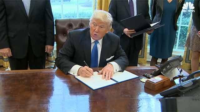 Trump aprobó construcción del controvertido oleoducto bloqueado por Obama