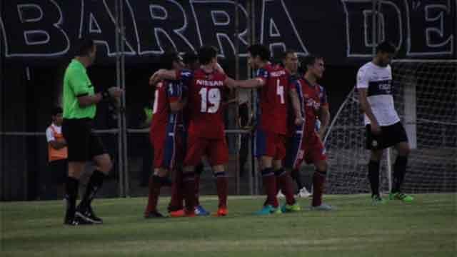 Nacional le ganó 1 a 0 a Olimpia con zurdazo de Alfonso Espino
