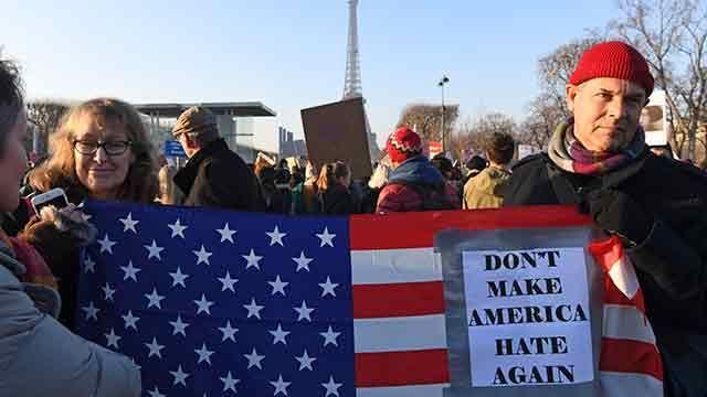 La marcha del gorro rosado, primera protesta contra la misoginia de Trump