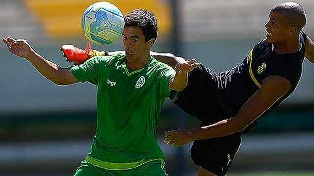 Titulares de Peñarol volvieron a perder, esta vez con Plaza Colonia