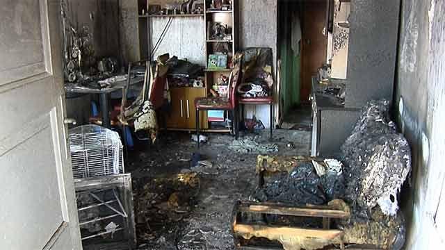Dos menores intoxicados en incendio en barrio 6 de Diciembre