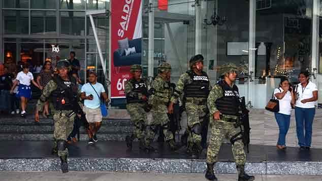 Atacan a balazos el edificio de la fiscalía regional de Cancún