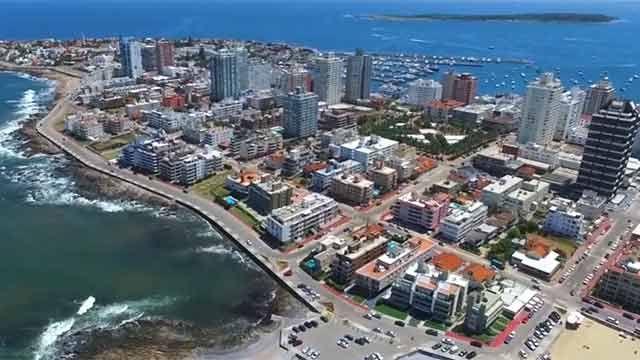 Policía busca a la uruguaya acusada de estafas con alquileres en Punta