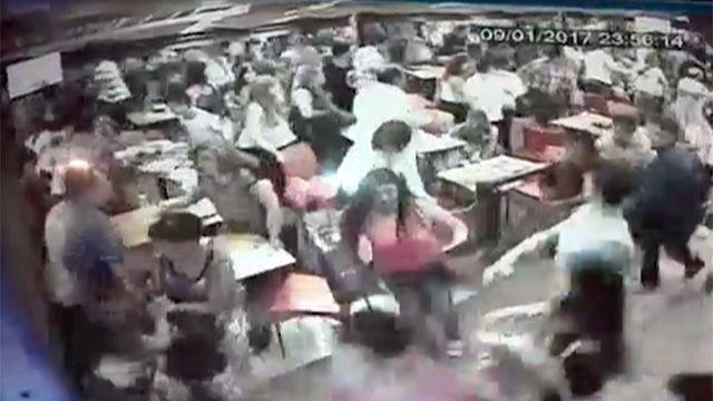 Una pelea en el Centro de Carlos Paz generópánico y desató estampida