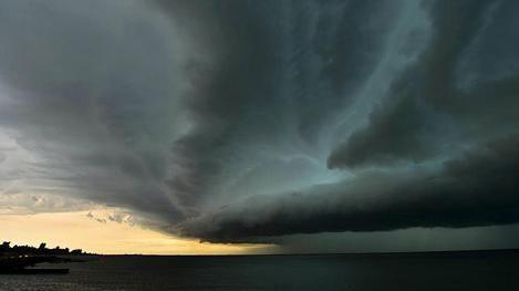 Nueva alerta amarilla para todo el país por tormentas intensas