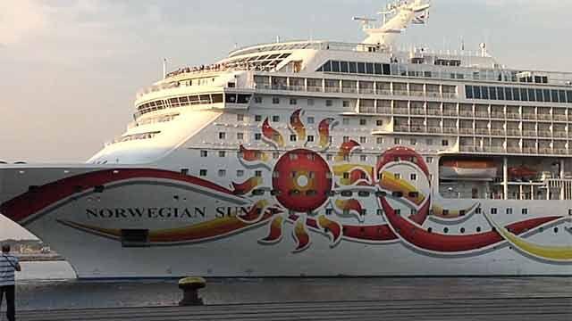 Llegaron dos de los cruceros más grandes de la temporada