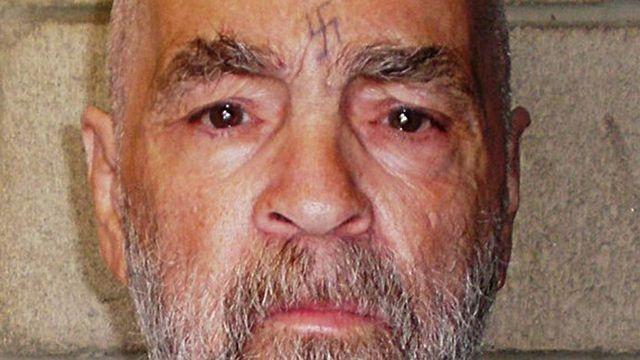 El asesino estadounidense Charles Manson fue hospitalizado