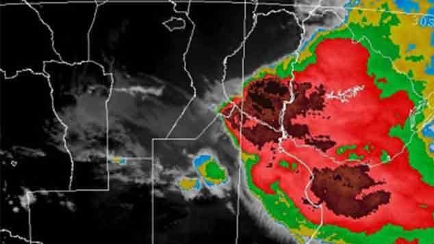 Alerta Roja por vientos mayores a 120 km/h en el litoral y centro del país
