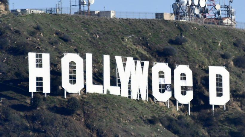Alteran el letrero Hollywood para celebrar legalización del cannabis