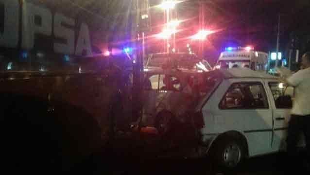 Espectacular accidente con un ómnibus y siete vehículos en Interbalnearia