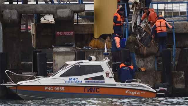 Encontraron fuselaje del avión ruso siniestrado a 27 metros de profundidad