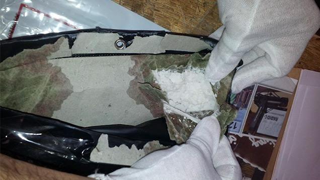 Encontraron 720 gramos de cocaína pura en la imagen de una Virgen