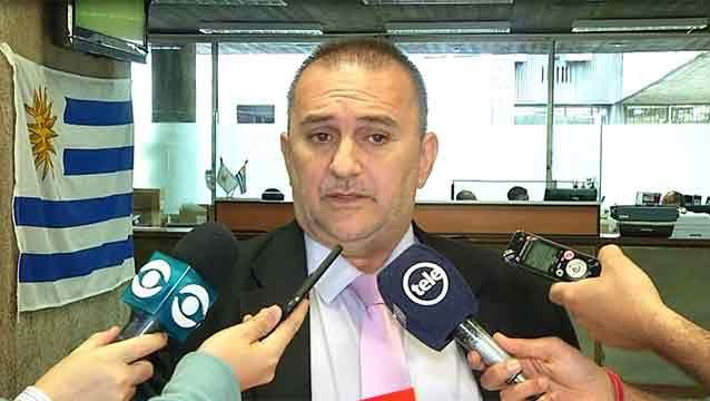 La AUF espera propuesta concreta de Molina y avales para negociar derechos