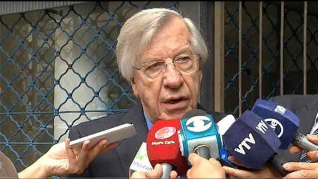 """Astori defiende ajuste y dice que no puede calificarse de """"tarifazo"""""""