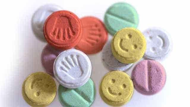 Incautaron valija con 8.000 pastillas de éxtasis en Aeropuerto de Carrasco