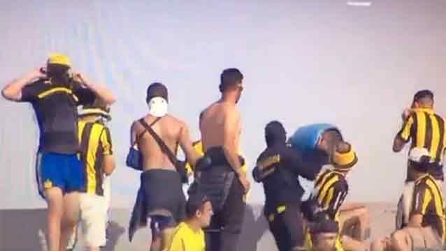 Un partido más sin público para Peñarol y una multa de 25.000 dólares
