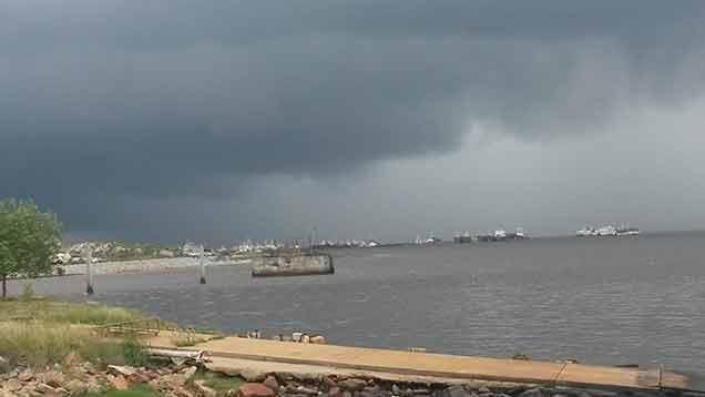 """Nueva alerta amarilla en la costa sur por """"tormentas intensas"""""""