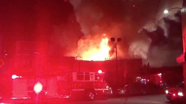 Nueve muertos y 15 desaparecidos en incendio durante una fiesta en EEUU