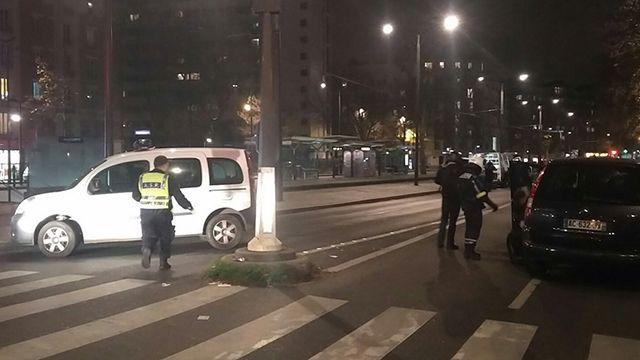 Rehenes sanos y salvos en París, el asaltante está en fuga