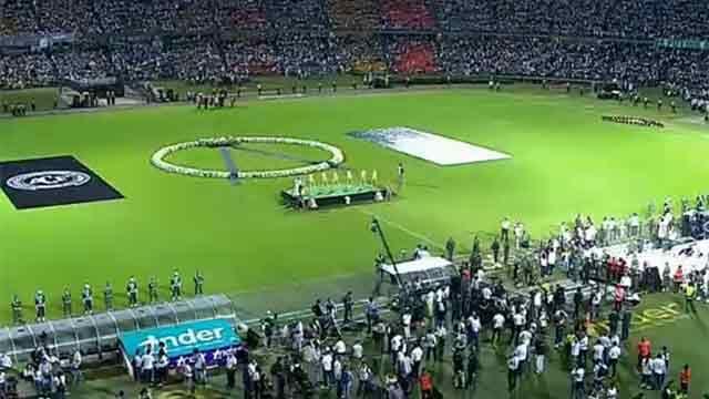 VIVO: homenaje de Atlético Nacional a Chapecoense desde el Atanasio Girardot
