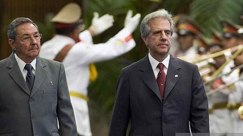 Tabaré Vázquez decretó duelo oficial por la muerte de Fidel Castro