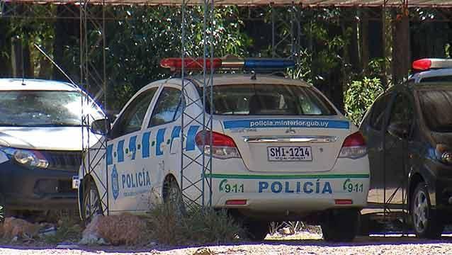 Patrullero volcó durante una persecución: 2 policías heridos y un detenido