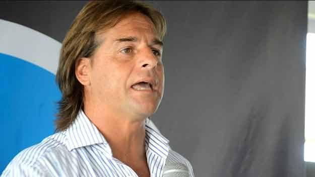Lacalle Pou lidera las preferencias espontáneas de candidatos a presidente