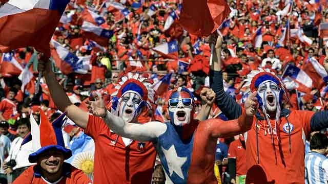 Chile, el peor público de las Eliminatorias: recibió 8 sanciones