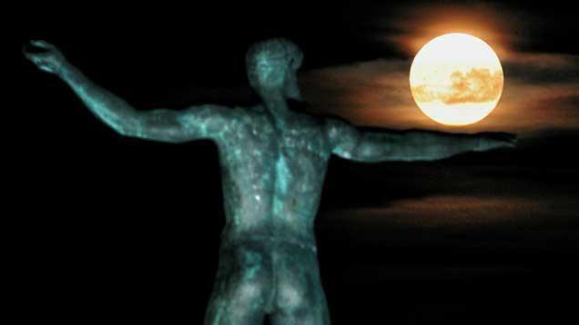 """La """"super Luna"""" se verá más grande y más brillante esta noche"""