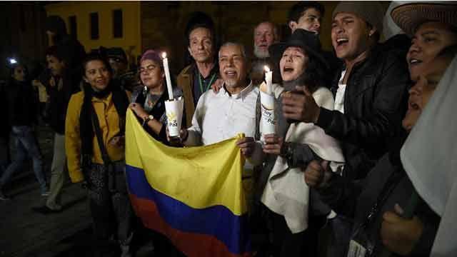 Colombia logra nuevo pacto con FARC, pero siguen incógnitas sobre la paz