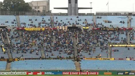 ¿Asaltaron o no hinchas de Peñarol puestos de comida de Tribuna Olímpica?