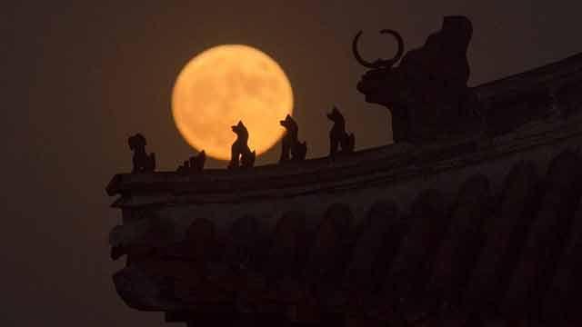 Espectaculares imágenes de la superluna alrededor del mundo