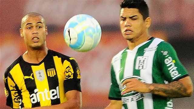 Peñarol ganó 5 a 2 ante Racing en el Centenario