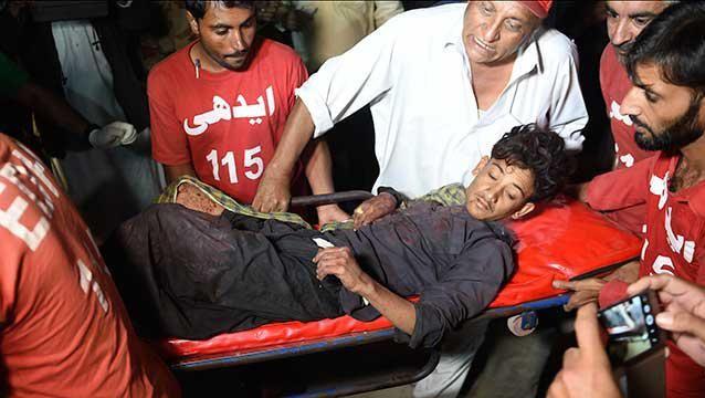 Atentado del EI contra santuario sufí en Pakistán deja decenas de muertos