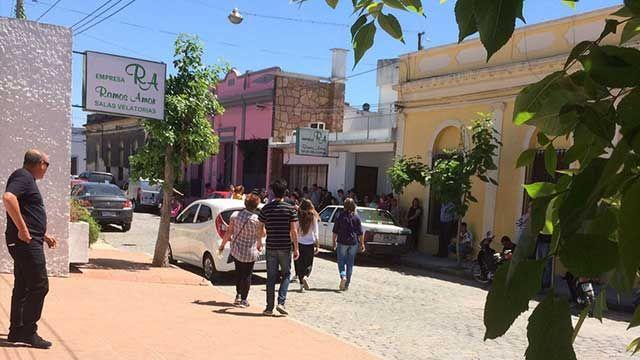 Congoja y dolor en Santa Lucía: sepultaron los restos de Hernán Fioritto