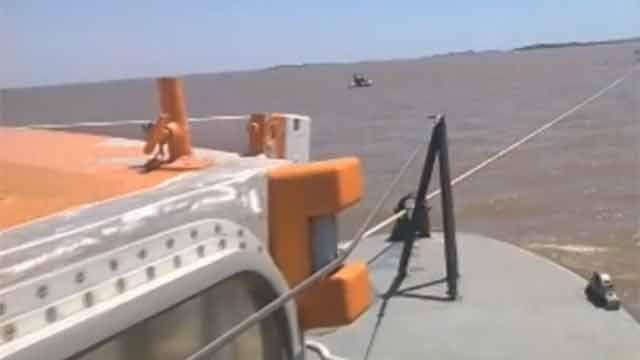 Rescatan velero varado y tripulante que se sintió mal en La Paloma