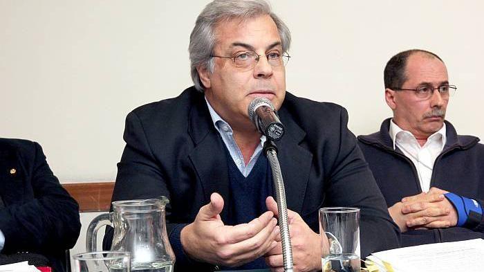 Gonzalo Mujica: el diputado del FA que este lunes votará con la oposición