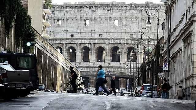 Fuerte terremoto sacude el centro de Italia