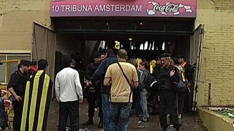 """Hincha baleado en la Amsterdam: """"No sé quién me pegó porque fue de espaldas"""""""