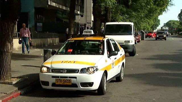 Efecto Uber: el valor de la chapa de taxi se redujo 60% en Montevideo