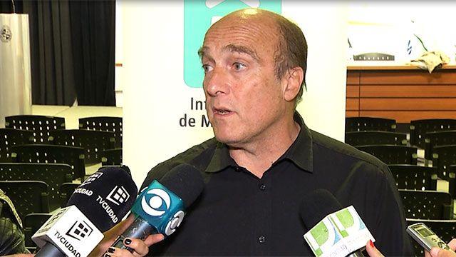 Martínez propuso retirar la libreta por dos años a conductores de Uber