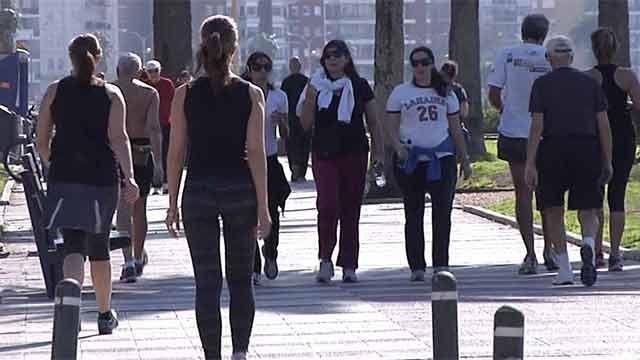 Dos mujeres mueren cada día en Uruguay por cáncer de mama