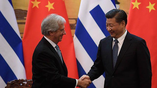 China y Uruguay se comprometieron a firmar tratado de libre comercio en 2018