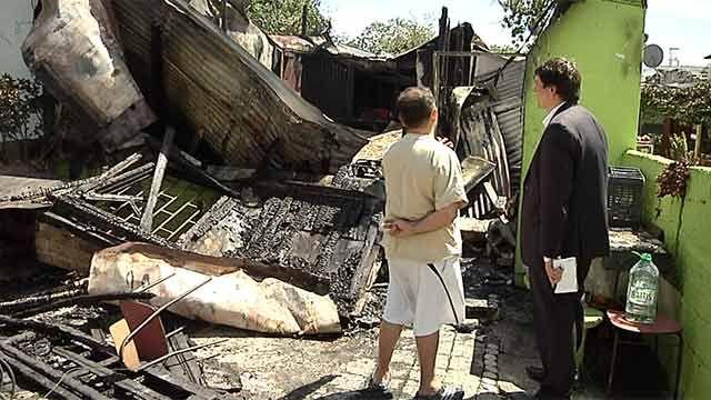 Familia del Cerrito de la Victoria perdió todo en un voraz incendio