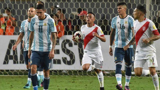 Sin Messi, Argentina saca un empate con gusto amargo ante Perú: 2 a 2
