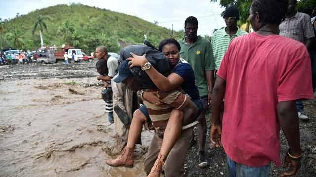 El huracán Matthew dejó 108 muertos en Haití y se aproxima a EEUU