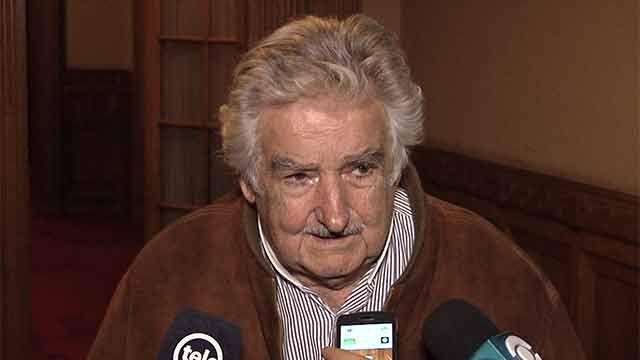 Mujica estimó que situación económica colombiana influyó en triunfo del no