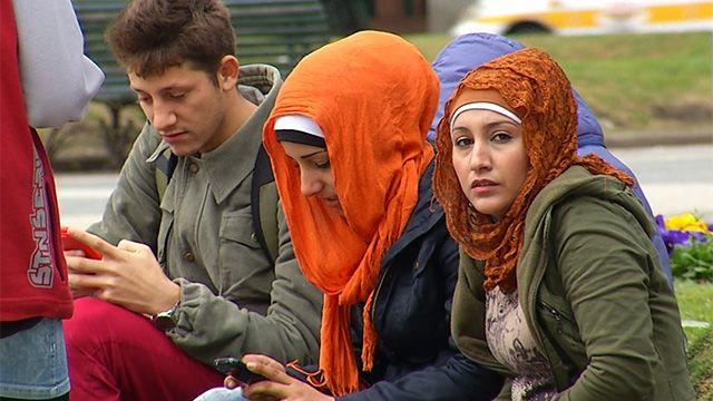 Analizan extender asistencia a las familias de refugiados sirios