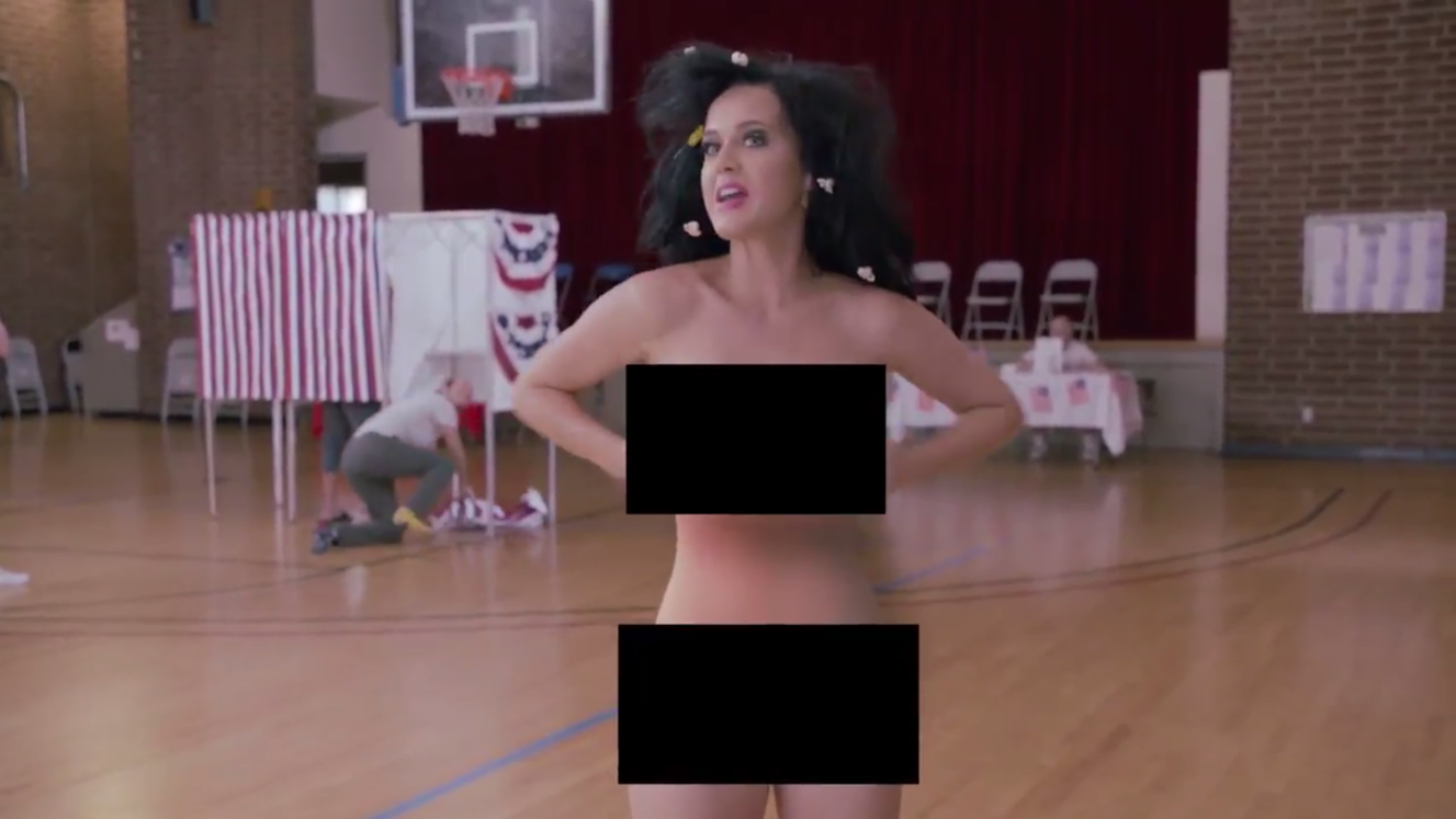 Katie Perry se desnuda en cómica campaña de apoyo a Hillary Clinton
