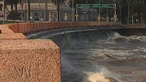 Alerta amarilla por vientos fuertes en toda la costa sur del país